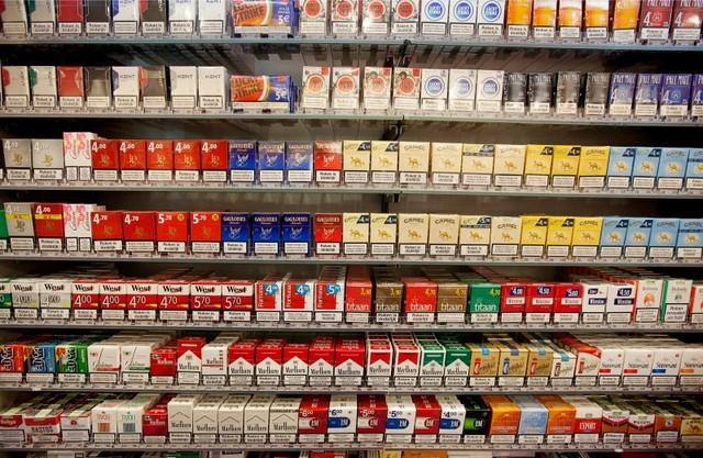 Tabaksreclame in de supermarkt bron: www.tabaknee.nl